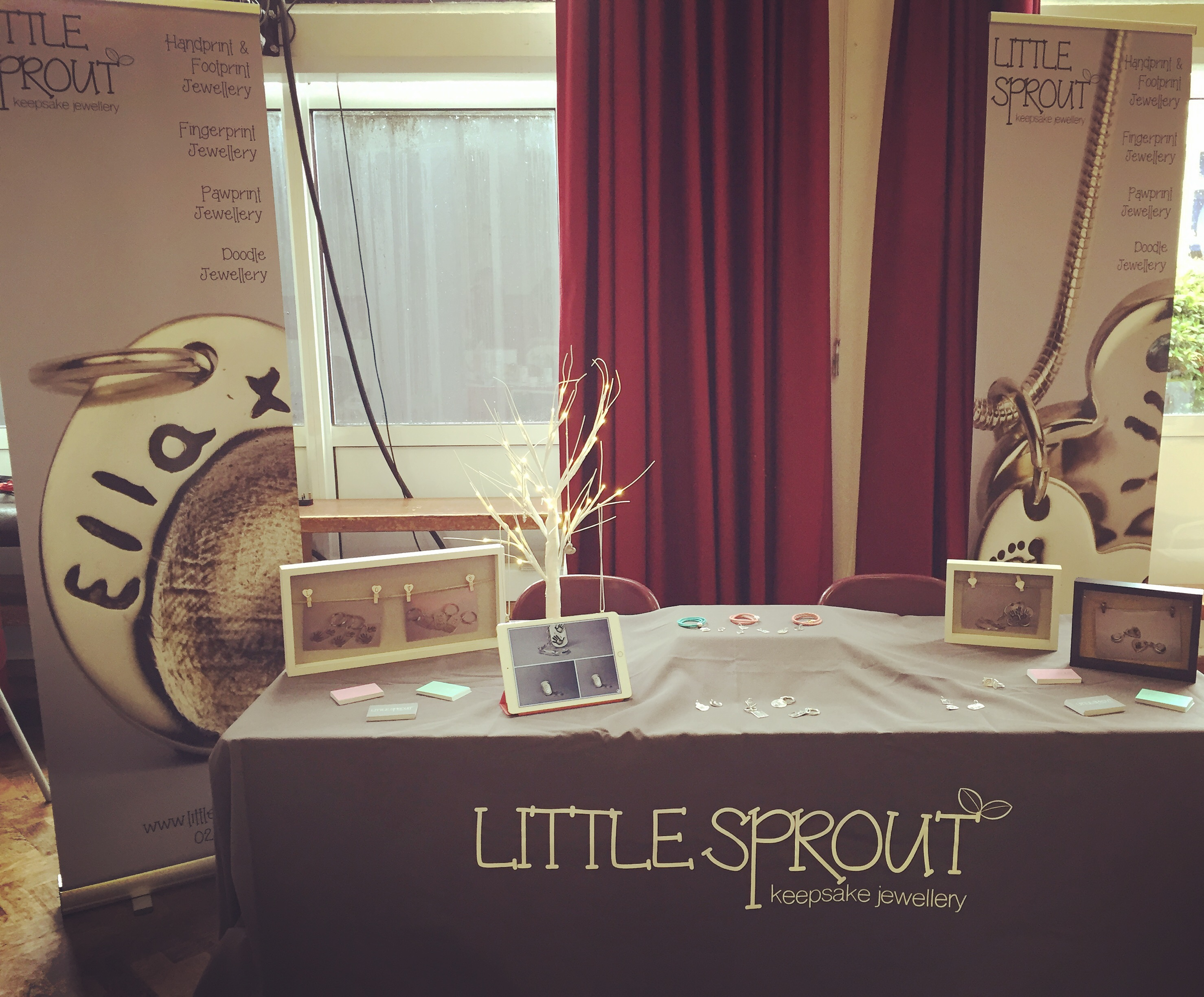Little Sprout Keepsake Jewellery Stand